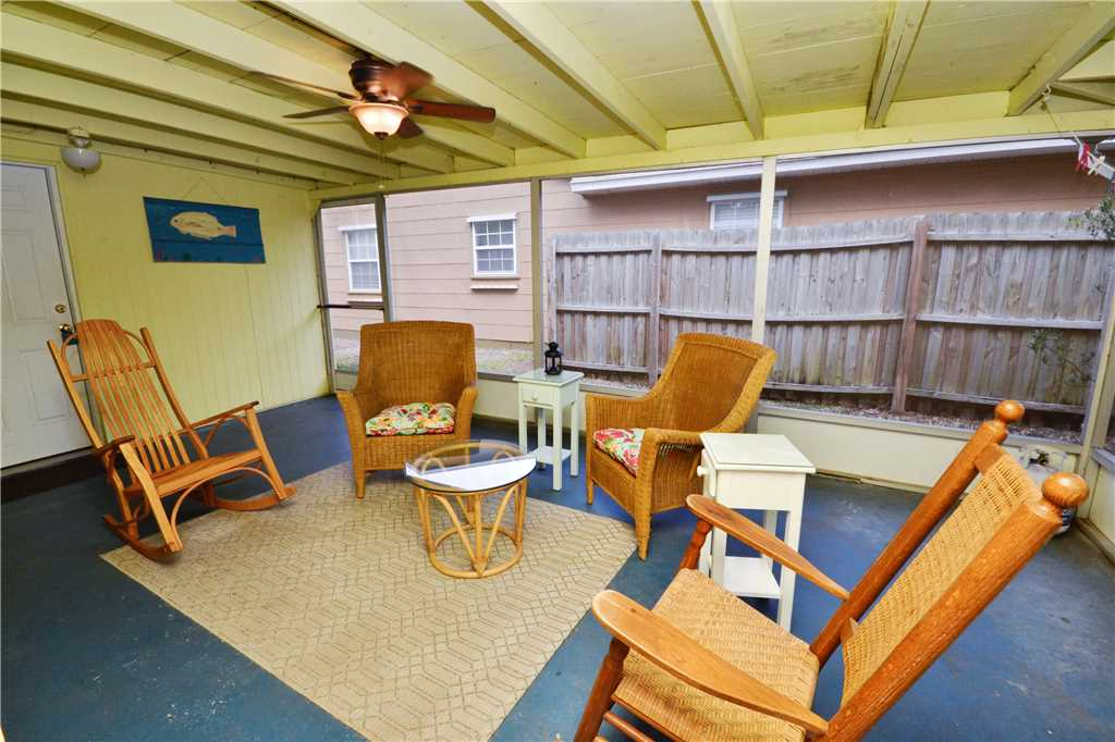 Bird of Paradise Bungalow 2 Bedroom WiFi Sleeps 4 House/Cottage rental in St. Pete Beach House Rentals in St. Pete Beach Florida - #5