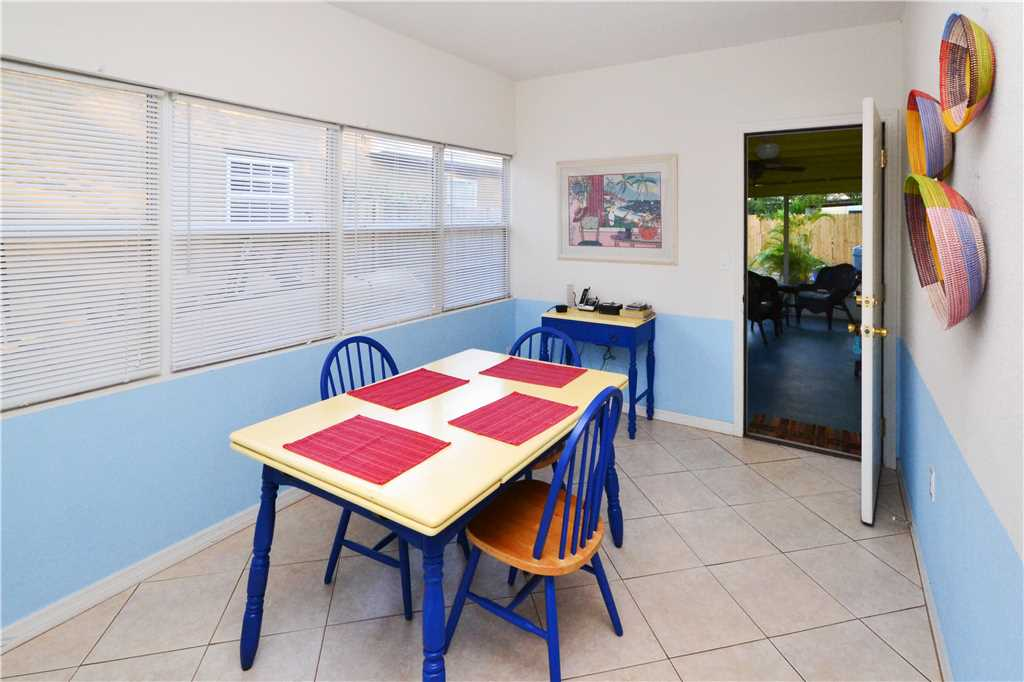 Bird of Paradise Bungalow 2 Bedroom WiFi Sleeps 4 House/Cottage rental in St. Pete Beach House Rentals in St. Pete Beach Florida - #10