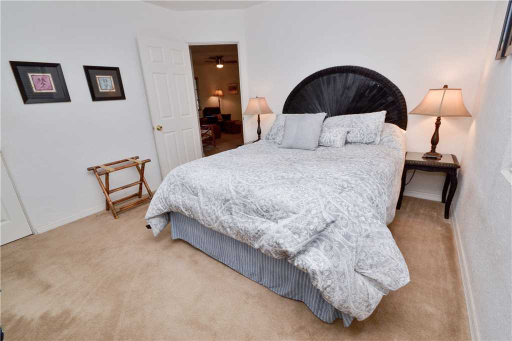 Bird of Paradise Bungalow 2 Bedroom WiFi Sleeps 4 House/Cottage rental in St. Pete Beach House Rentals in St. Pete Beach Florida - #14