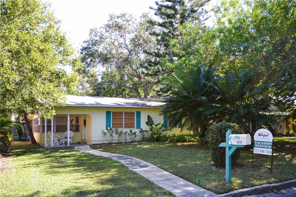 Bird of Paradise Bungalow 2 Bedroom WiFi Sleeps 4 House/Cottage rental in St. Pete Beach House Rentals in St. Pete Beach Florida - #23
