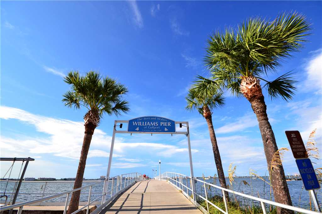 Bird of Paradise Bungalow 2 Bedroom WiFi Sleeps 4 House/Cottage rental in St. Pete Beach House Rentals in St. Pete Beach Florida - #26