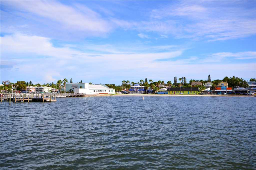 Bird of Paradise Bungalow 2 Bedroom WiFi Sleeps 4 House/Cottage rental in St. Pete Beach House Rentals in St. Pete Beach Florida - #31