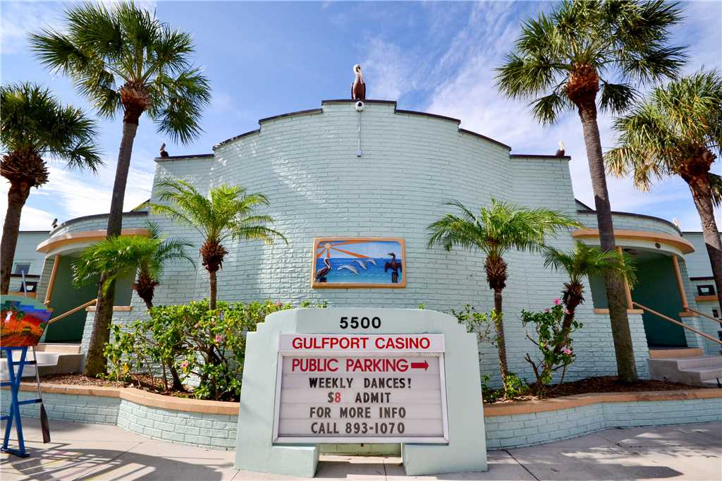 Bird of Paradise Bungalow 2 Bedroom WiFi Sleeps 4 House/Cottage rental in St. Pete Beach House Rentals in St. Pete Beach Florida - #32