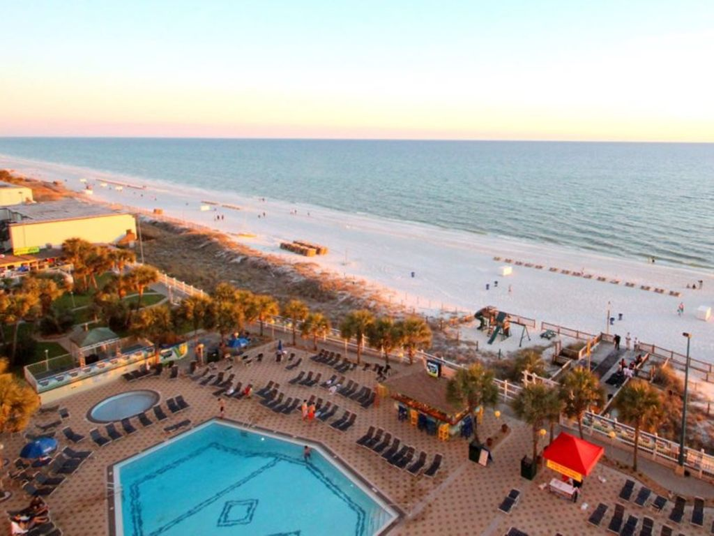 Summit 828 1 Bedroom Beachfront FREE Beach Chairs Pool Sleeps 7 Condo rental in Summit Beach Resort in Panama City Beach Florida - #19