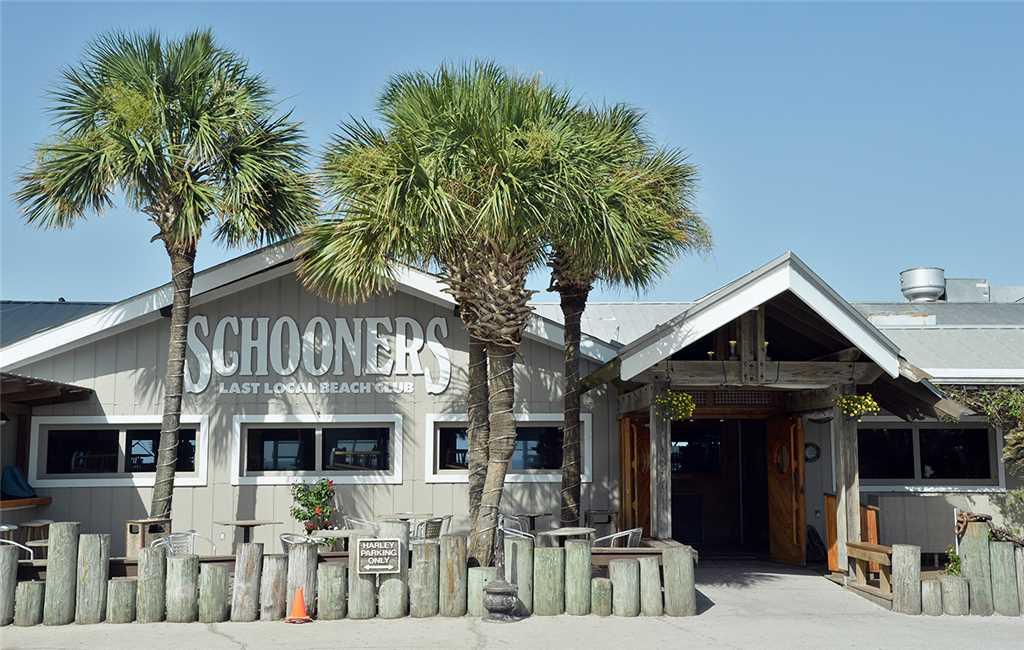 Summit 828 1 Bedroom Beachfront FREE Beach Chairs Pool Sleeps 7 Condo rental in Summit Beach Resort in Panama City Beach Florida - #28