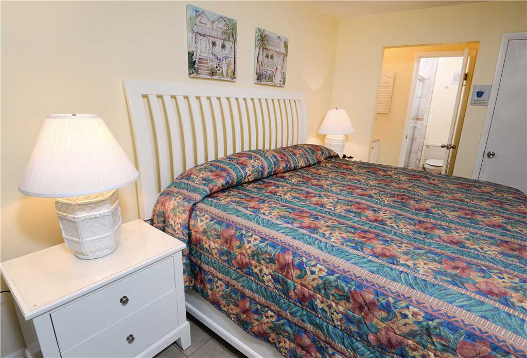 Summit 913 1 Bedroom Beachfront Wi-Fi Pool Sleeps 6 Condo rental in Summit Beach Resort in Panama City Beach Florida - #11