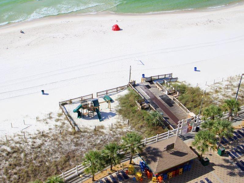 Summit 913 1 Bedroom Beachfront Wi-Fi Pool Sleeps 6 Condo rental in Summit Beach Resort in Panama City Beach Florida - #29