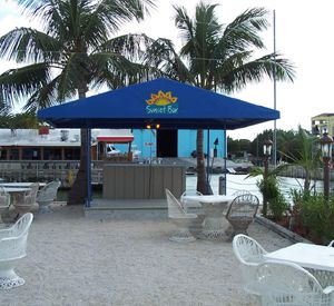 Sundowners on the Bay in Key Largo Florida