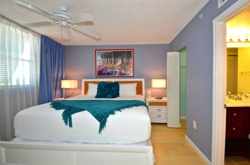 Sunrise Suites Resort in Key West FL 36