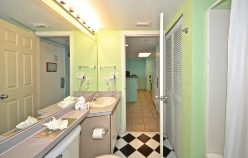Sunrise Suites Resort in Key West FL 29