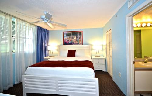 Sunrise Suites Resort in Key West FL 40