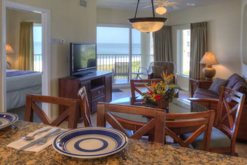 Sunset Vistas 2-Bedroom Beachfront Suites in Treasure Island FL 40