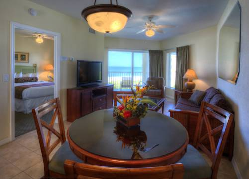 Sunset Vistas 2-bedroom Beachfront Suites in Treasure Island FL 09
