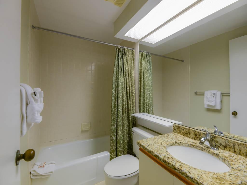 Surfside Resort 00405 Condo rental in Surfside Resort  in Destin Florida - #12