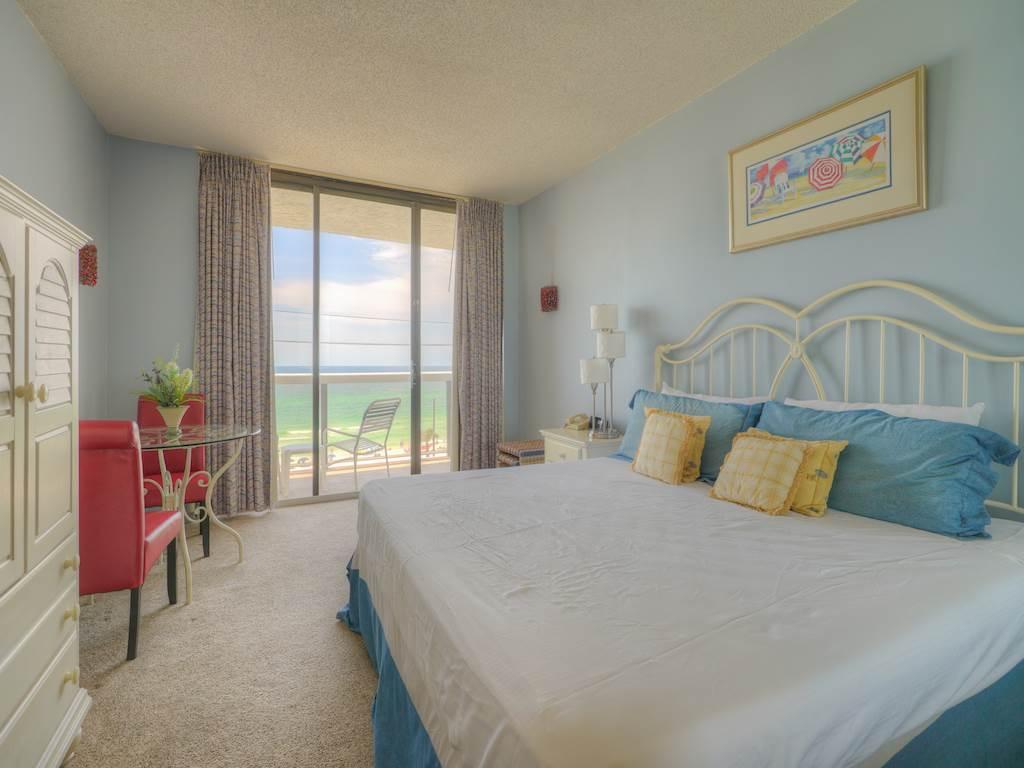 Surfside Resort A0302