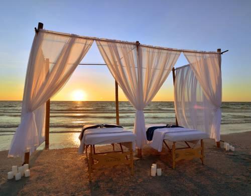 Loews Don Cesar Hotel in St Petersburg FL 04