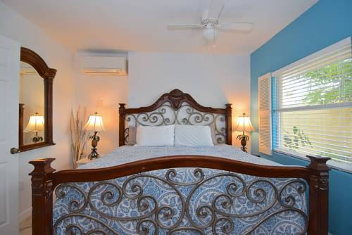 The Inn at Turtle Beach in Siesta Key FL 98