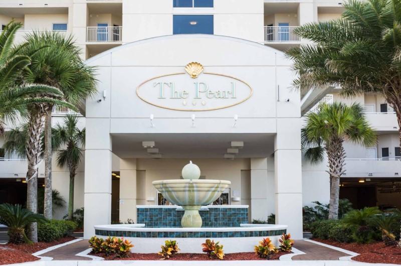 The Pearl Navarre Beach Entrance Fountain