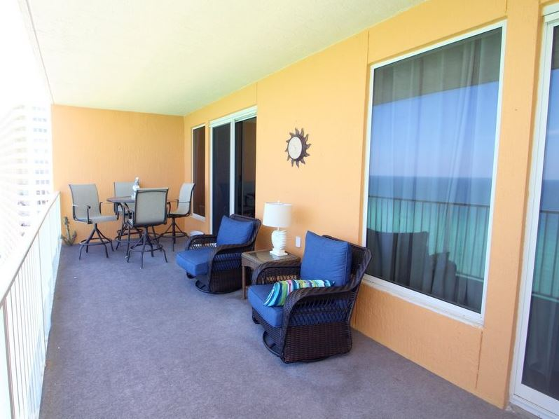 Treasure Island 1709 2 Bedrooms Beachfront Wi-Fi Pool Sleeps 8 Condo rental in Treasure Island - Panama City Beach in Panama City Beach Florida - #2