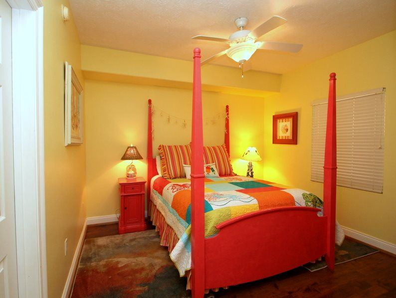 Treasure Island 1709 2 Bedrooms Beachfront Wi-Fi Pool Sleeps 8 Condo rental in Treasure Island - Panama City Beach in Panama City Beach Florida - #22