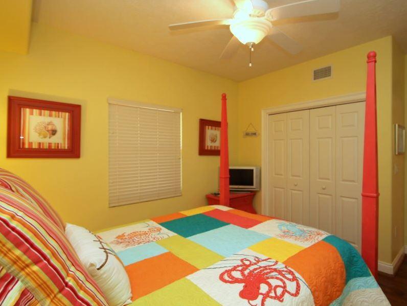 Treasure Island 1709 2 Bedrooms Beachfront Wi-Fi Pool Sleeps 8 Condo rental in Treasure Island - Panama City Beach in Panama City Beach Florida - #23