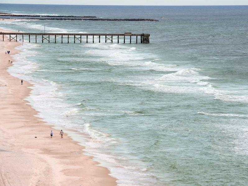 Treasure Island 1709 2 Bedrooms Beachfront Wi-Fi Pool Sleeps 8 Condo rental in Treasure Island - Panama City Beach in Panama City Beach Florida - #34