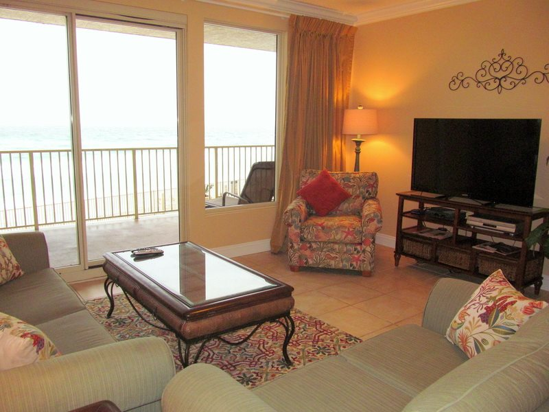Treasure Island 207 2 Bedrooms Beachfront Wi-Fi Pool Sleeps 8