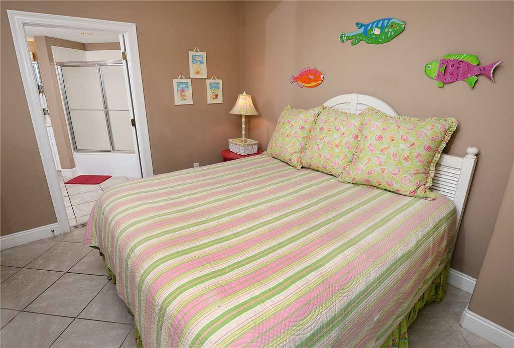 Treasure Island 901 3 Bedrooms Beachfront Pool Wi-Fi Sleeps 10 Condo rental in Treasure Island - Panama City Beach in Panama City Beach Florida - #22