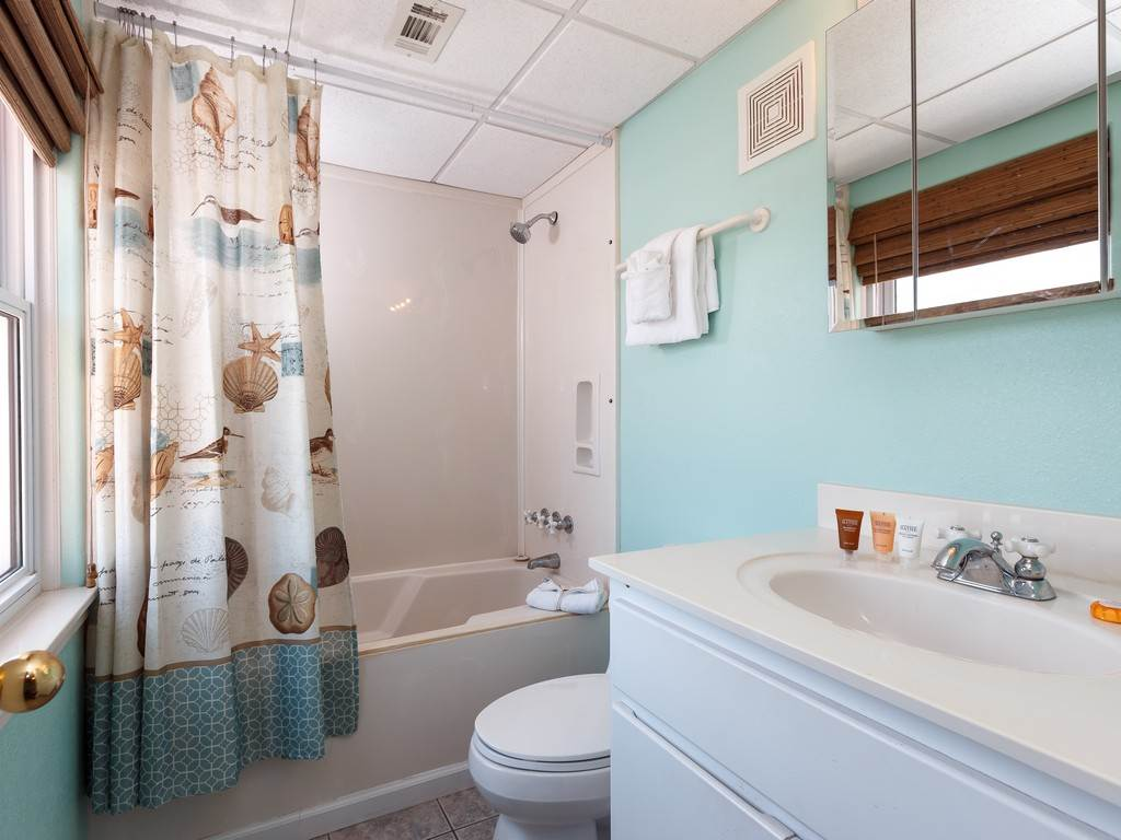 Treehouse Townhome Townhouse rental in Treehouse Townhomes ~ Pensacola Beach Condo Rentals by BeachGuide in Pensacola Beach Florida - #12