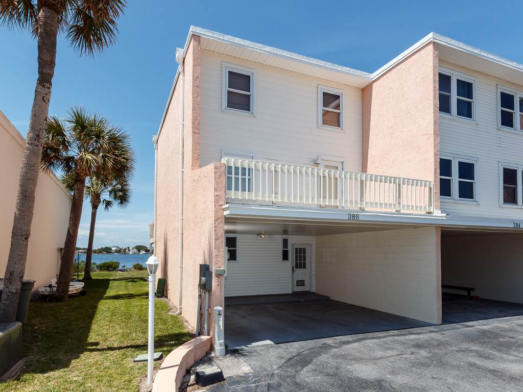 Treehouse Townhome Townhouse rental in Treehouse Townhomes ~ Pensacola Beach Condo Rentals by BeachGuide in Pensacola Beach Florida - #21