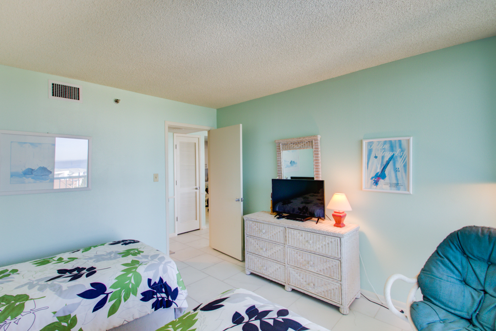 Tristan Towers #5B Condo rental in Tristan Towers ~ Pensacola Beach Condo Rentals by BeachGuide in Pensacola Beach Florida - #26