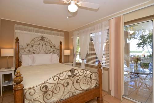 Turtle Beach Resort in Siesta Key FL 88