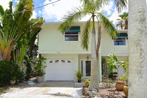 Turtle Beach Resort in Siesta Key FL 86