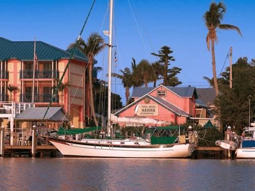 Tween Waters Inn Island Resort in Captiva FL 98