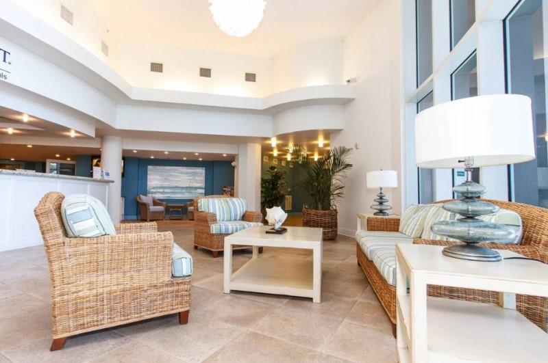 Waterscape's Beautiful Modern Lobby