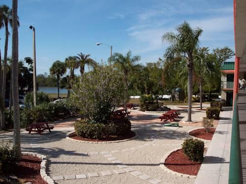 Wyndham Garden Fort Myers Beach in Fort Myers Beach FL 48