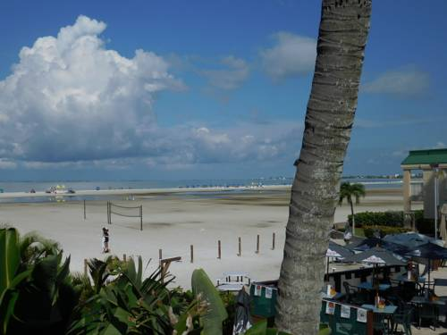 Wyndham Garden Fort Myers Beach in Fort Myers Beach FL 60