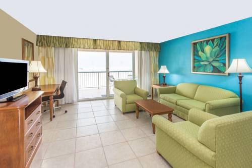 Wyndham Garden Fort Myers Beach in Fort Myers Beach FL 75